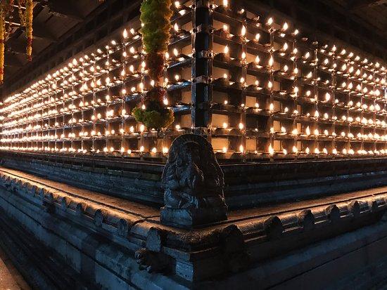 Temple aarti