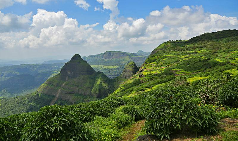 best places to visit in maharashtra during monsoon