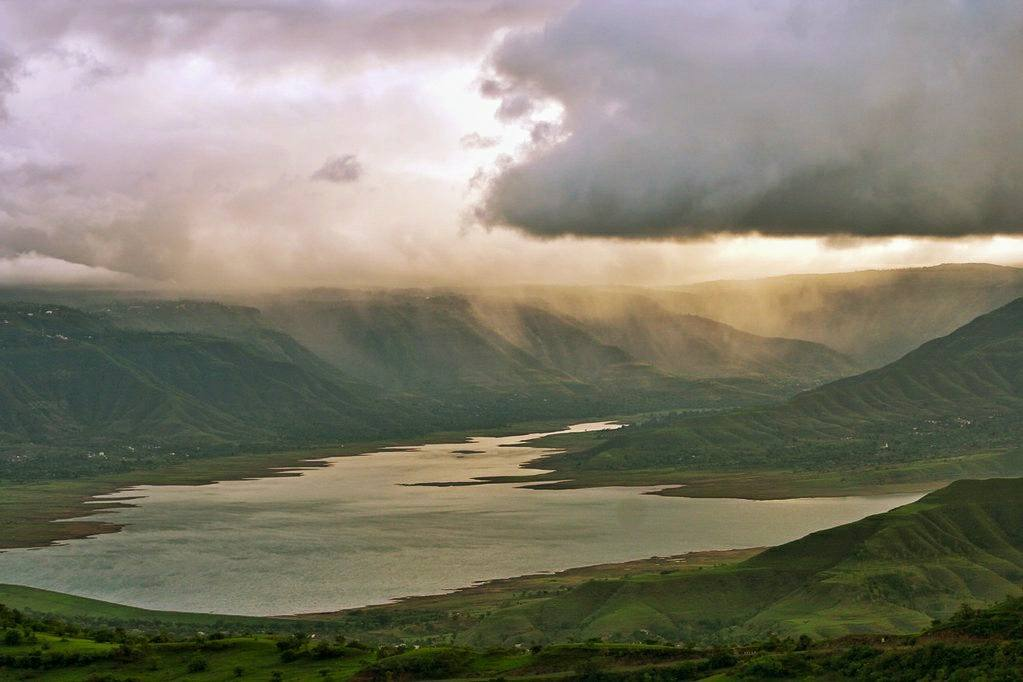 Wai lake in monsoon