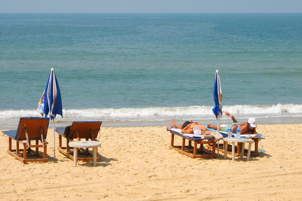 best beaches in goa candolim