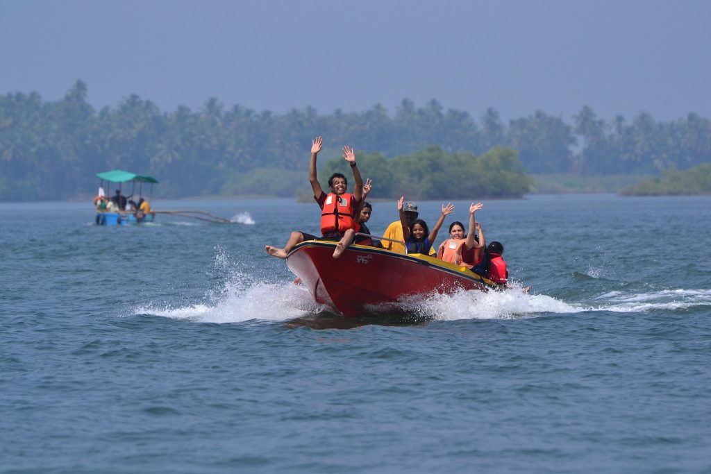 water activities in goa