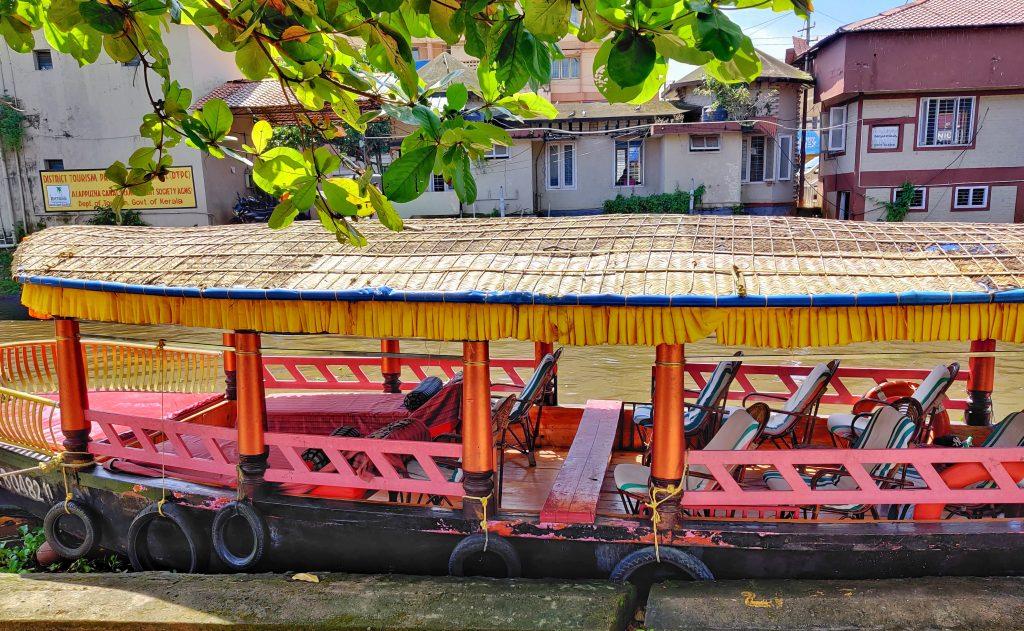 kerala backwaters shikara