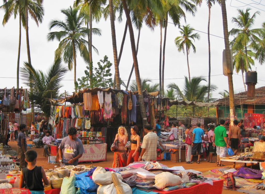 Anjuna flea market best beaches in goa