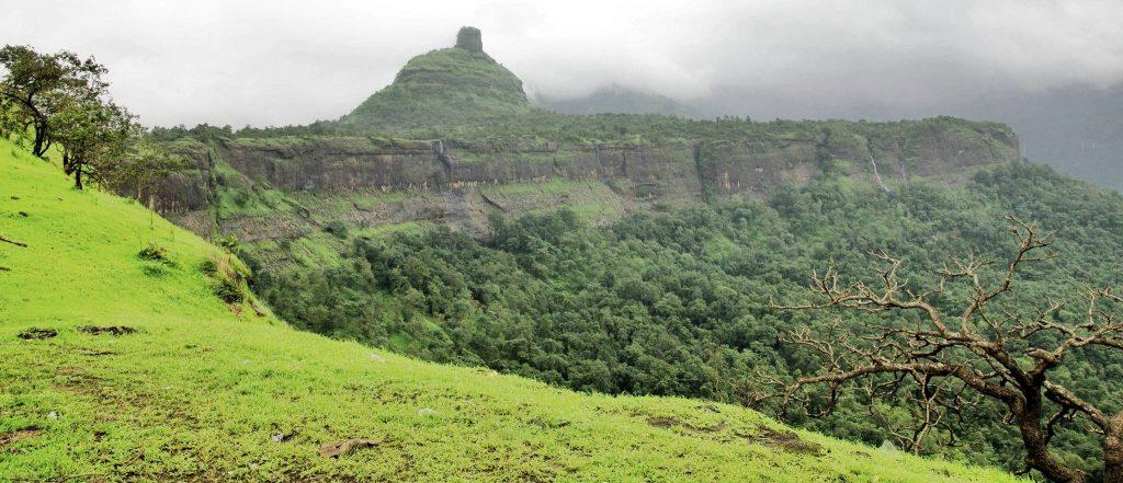 easy treks near mumbai