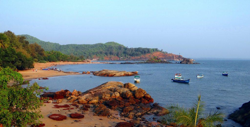 tourist places to visit near goa