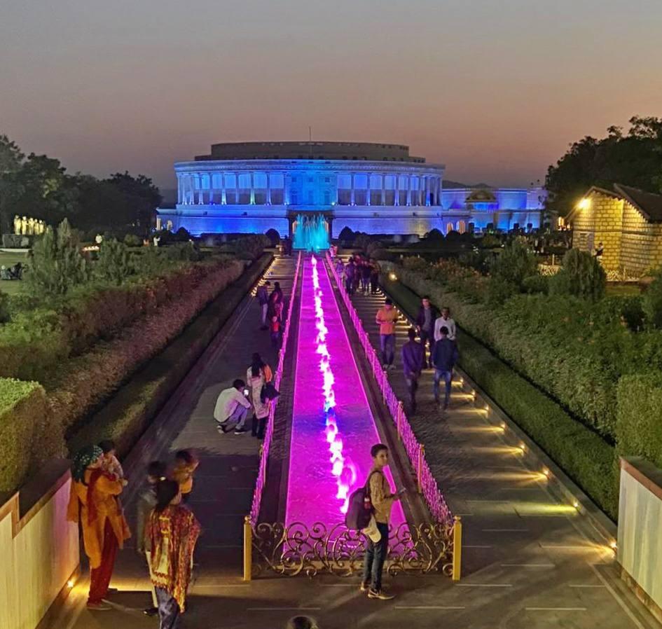 Vande matram memorial places to visit in bhuj