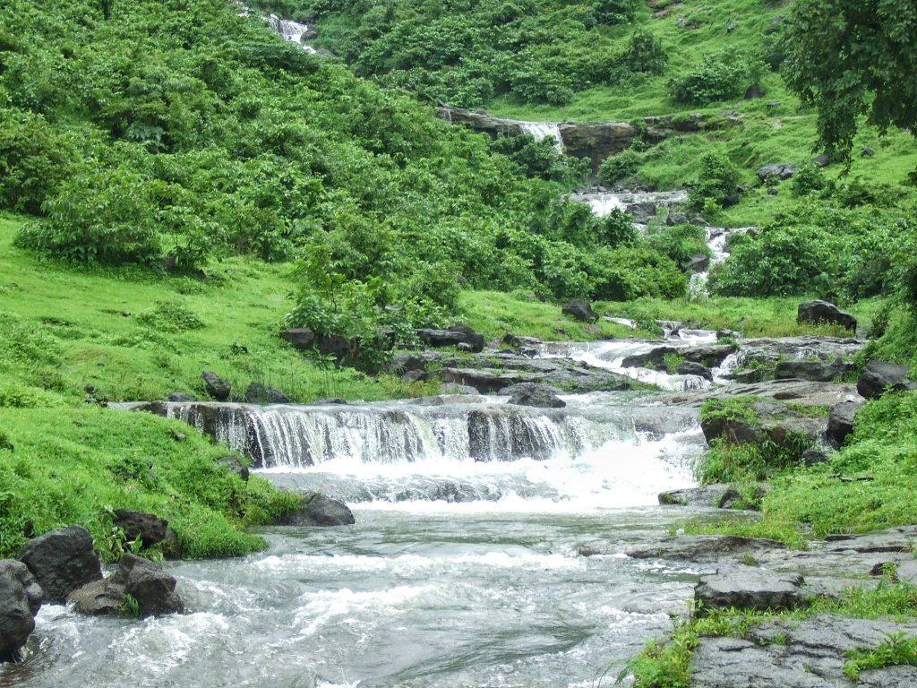 waterfalls near mumbai bhivpuri