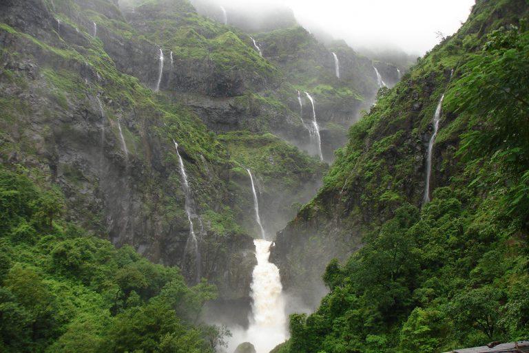 waterfalls near mumbai nearby waterfalls in mumbai
