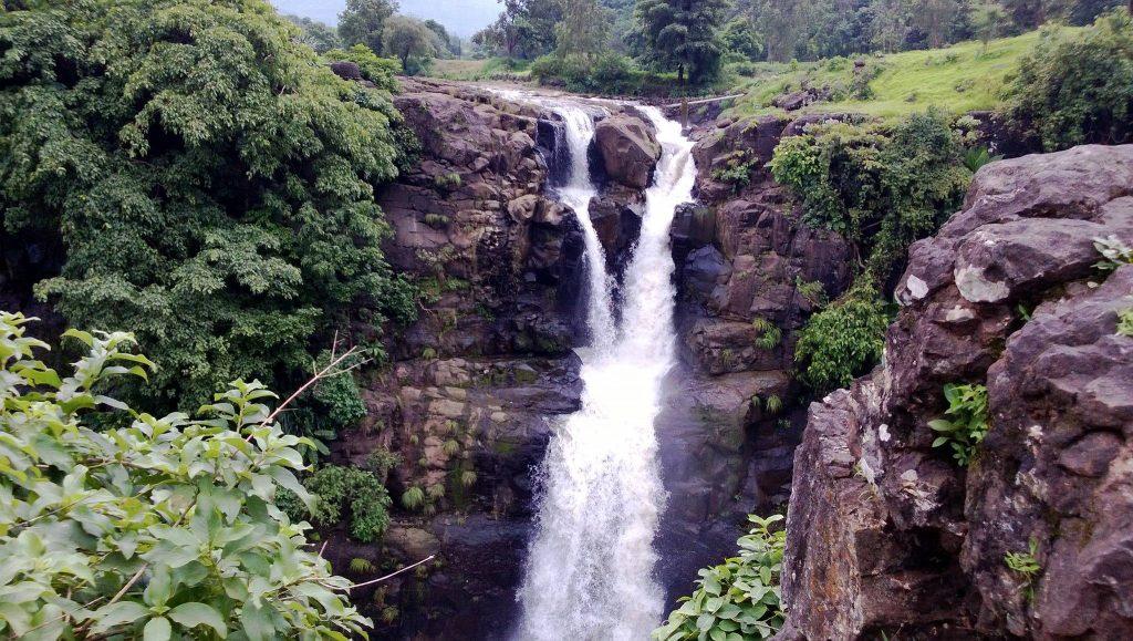 Randha waterfall best waterfalls near mumbai